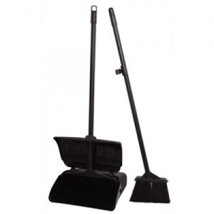 Dust-pan-and-broom-500x500